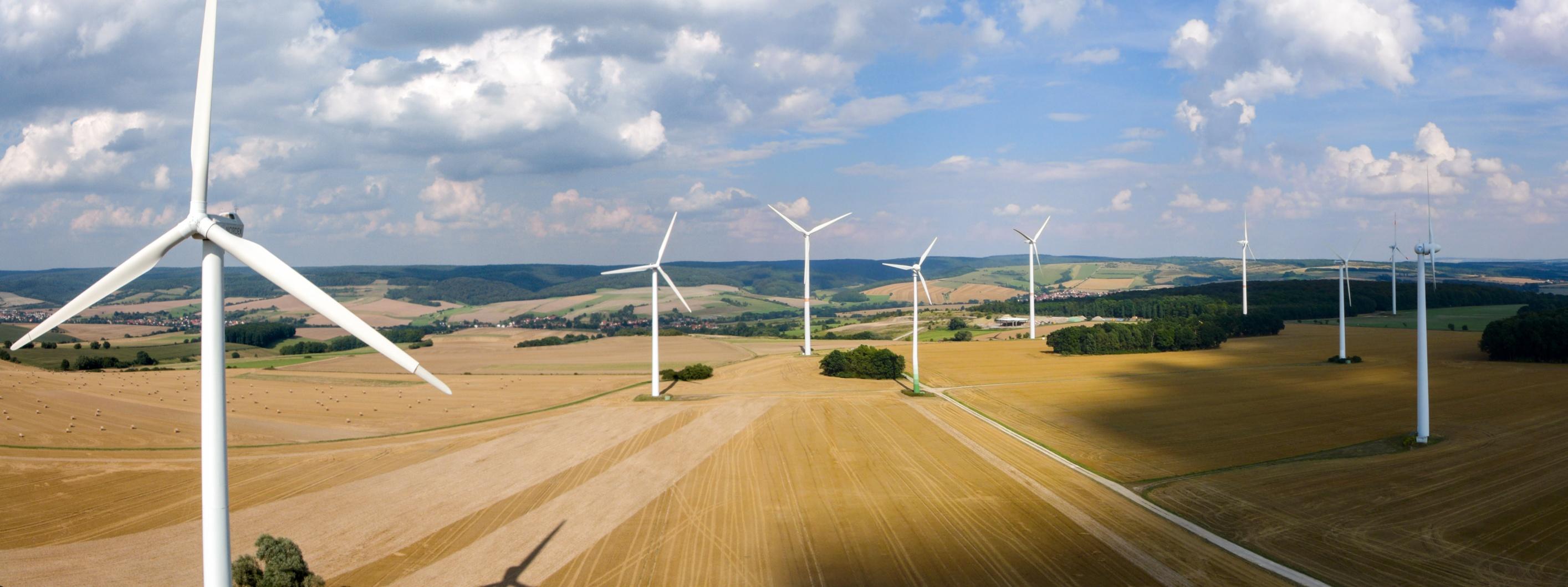 Inspektionsflug Windkraftwerk